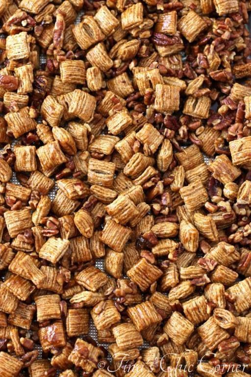 Praline Pecan Chex Mix