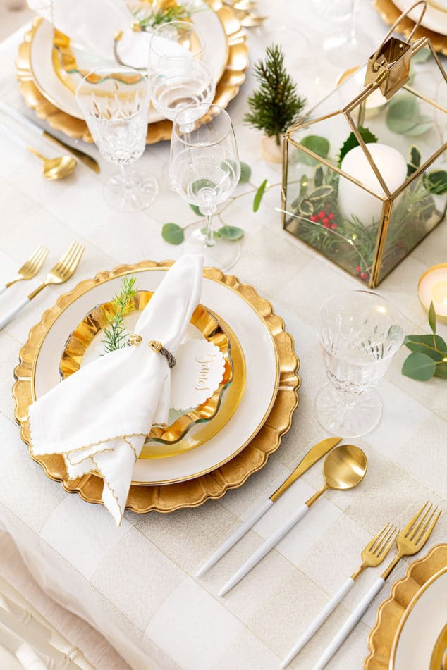 Gold Holiday Tablescape