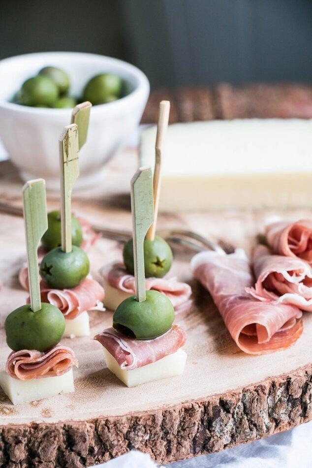 Cheese, Ham & Olive Bites