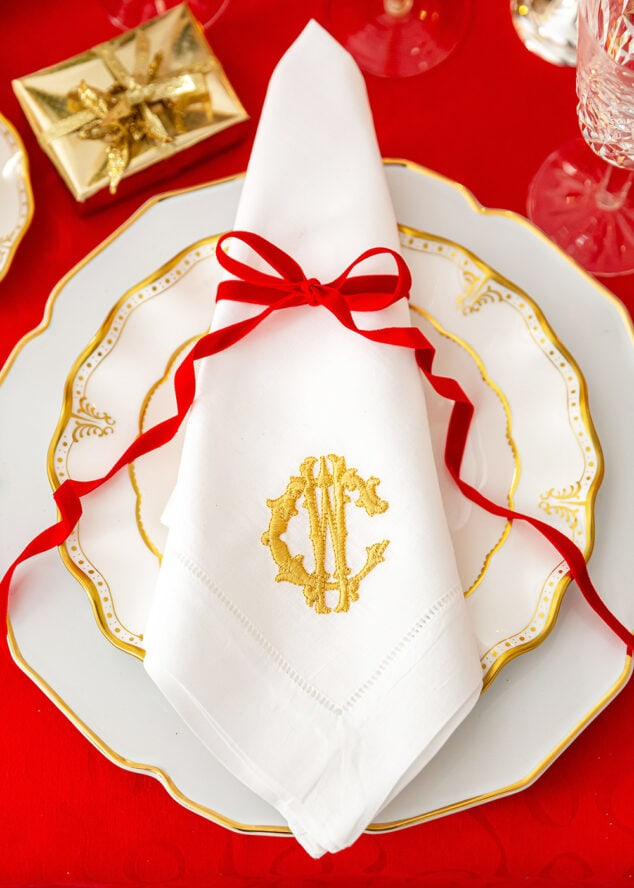Red Bow on Christmas Place Setting