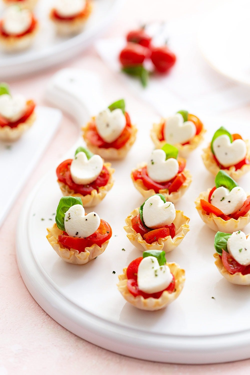 Valentine's Day Appetizer: Caprese Phyllo Cups