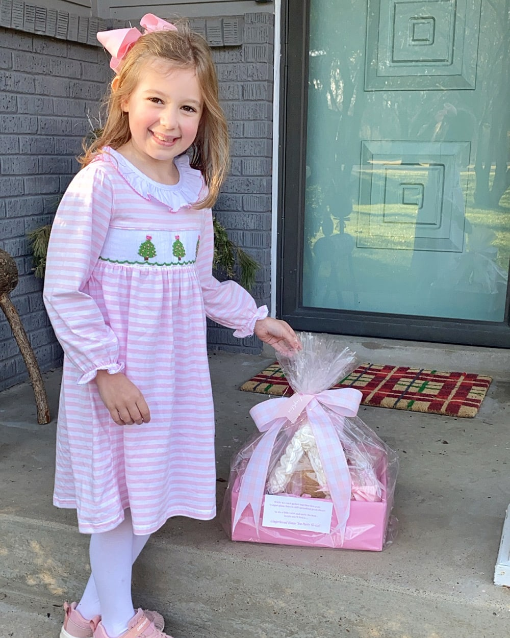 Drop off Gingerbread Houses