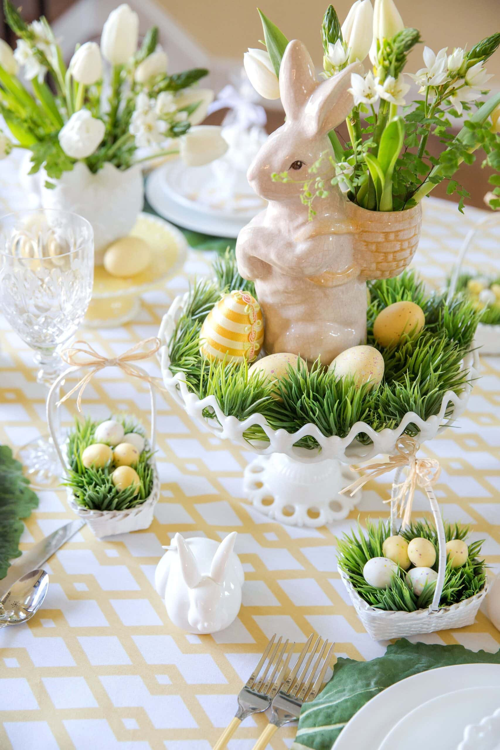 The Ultimate Guide to Easter Tablescapes