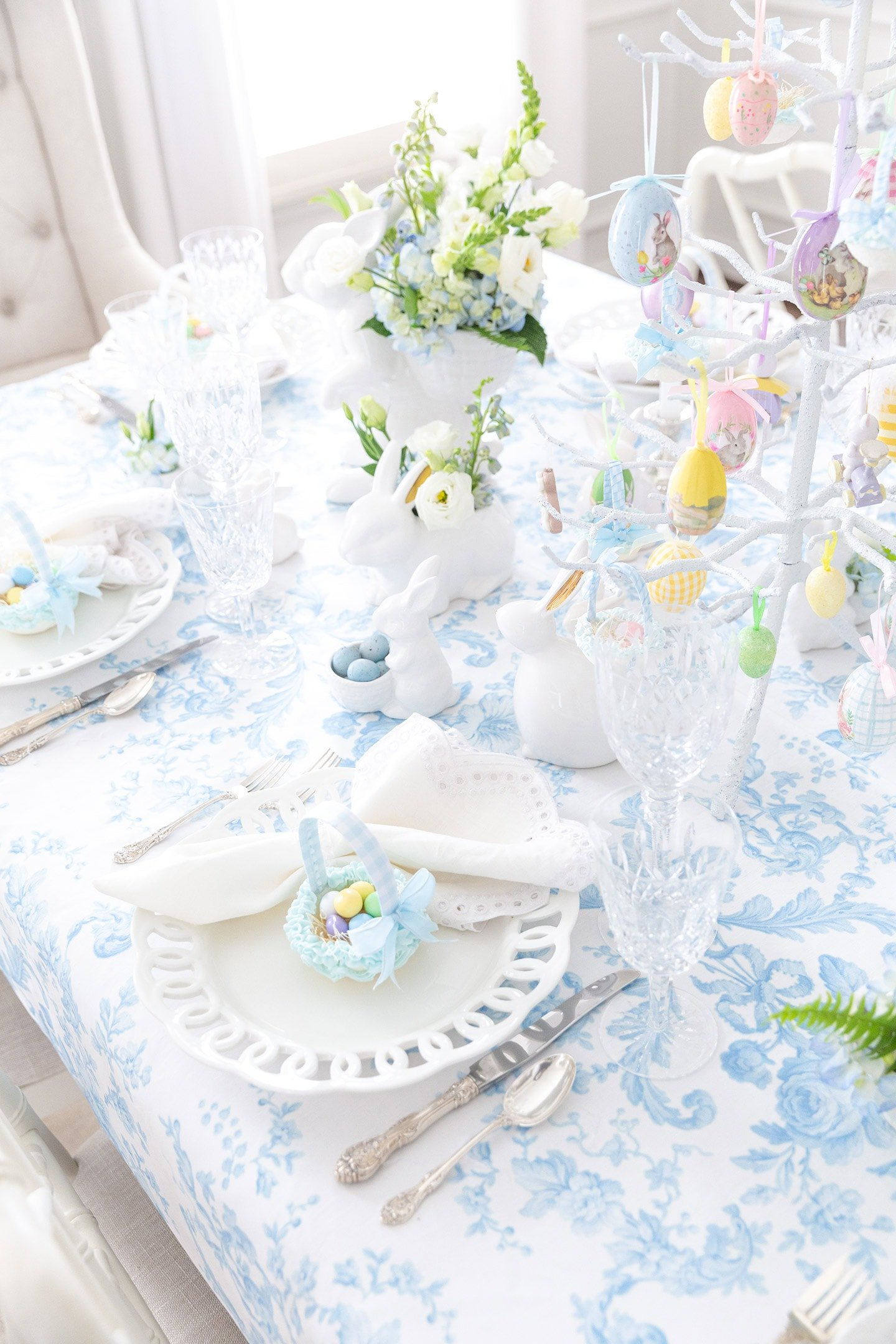 Blue and White Easter Tablescape with Charming Sugar Baskets