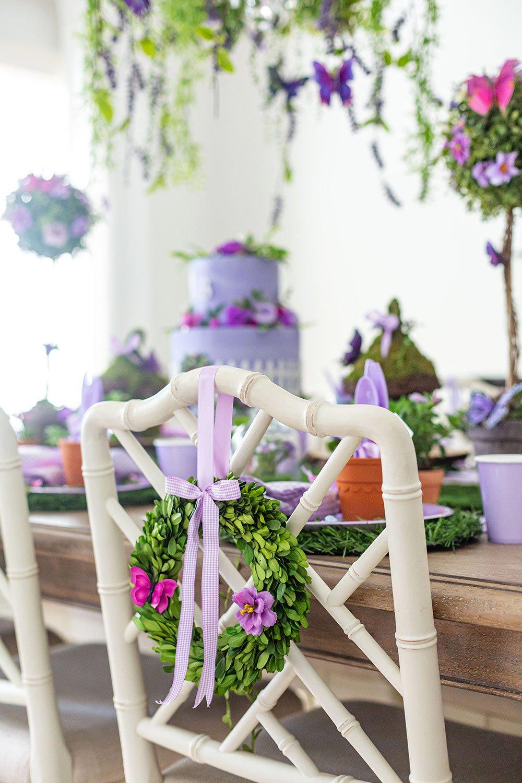 chair wreath for garden party