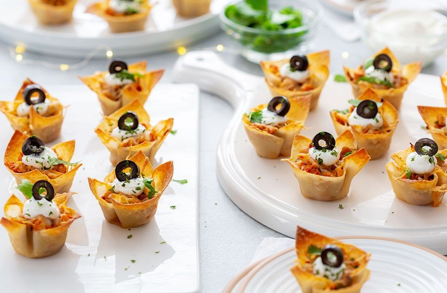 Wonton Cups filled with Chicken