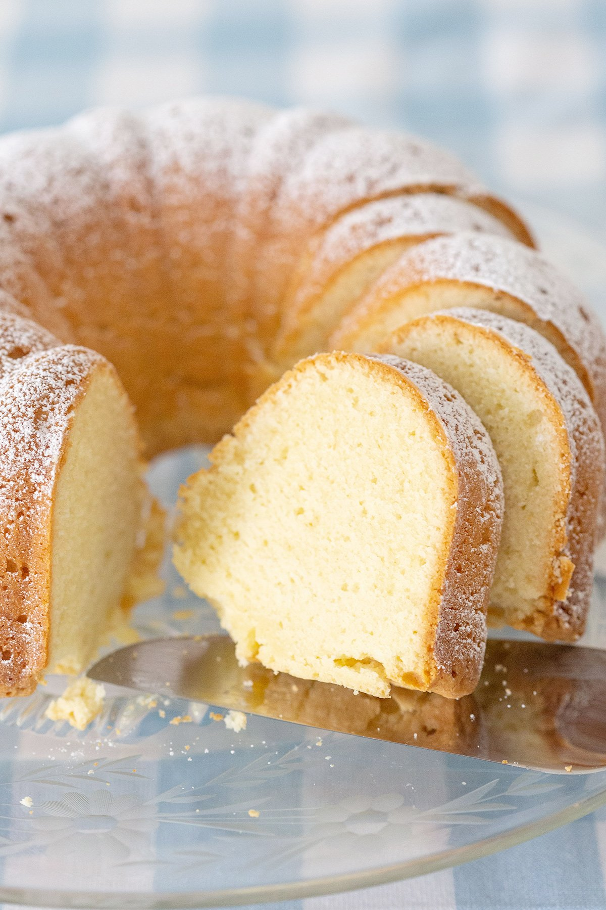 Southern Pound Cake with Cream Cheese