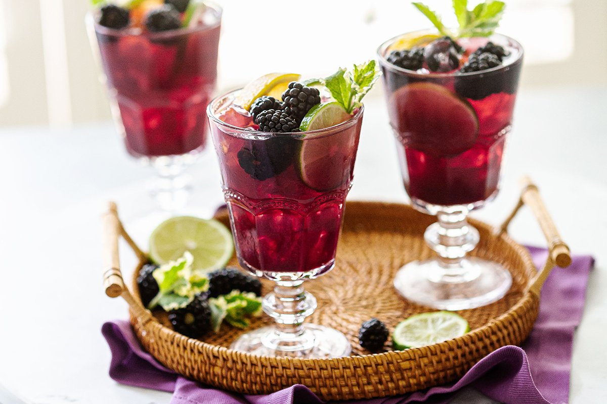 Blackberry Sangria Drink with Red Wine