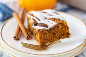 pumpkin cinnamon cake